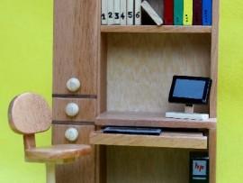 minyatur ahsap-bilgsayar çalşma masası